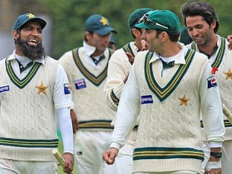 'پاکستانی فاسٹ باؤلرز اپنی اصل عمر چھپاتے ہیں' محمد آصف نے نیا پنڈورا باکس کھول دیا