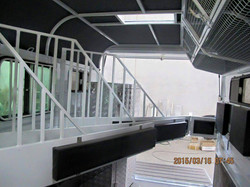 inside 3hal with roof lining option