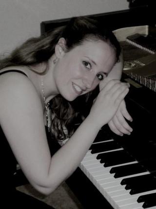 Justine De Wandeler
