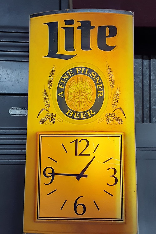 Lighted Beer Sign