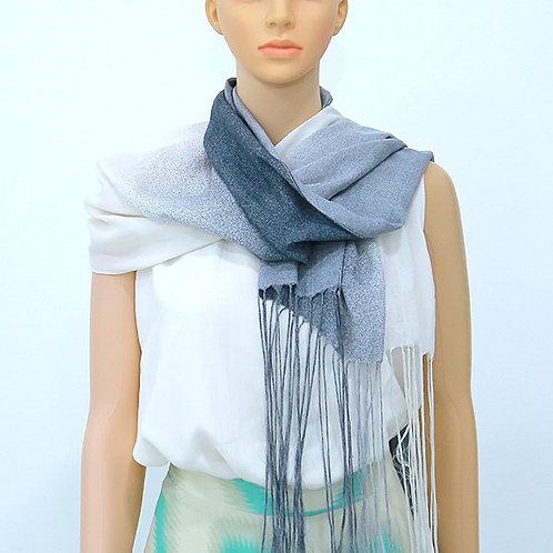 Атласный шарф