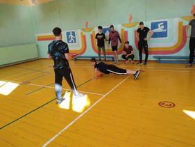Спортивные соревнования по троеборью