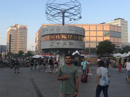 Berlin!                                                  Donde las calles hablan mil idiomas y la mu