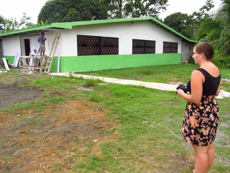 Bis dem ersten Kind das Licht aufgeht! – Die Fortschritte bei dem Schulbau in Limón 2000