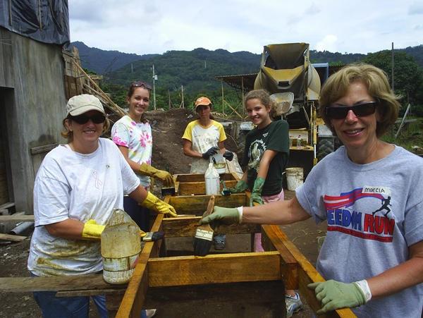 volunteering1.jpg