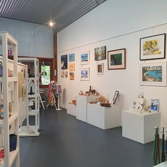 Oaklands Village Gallery