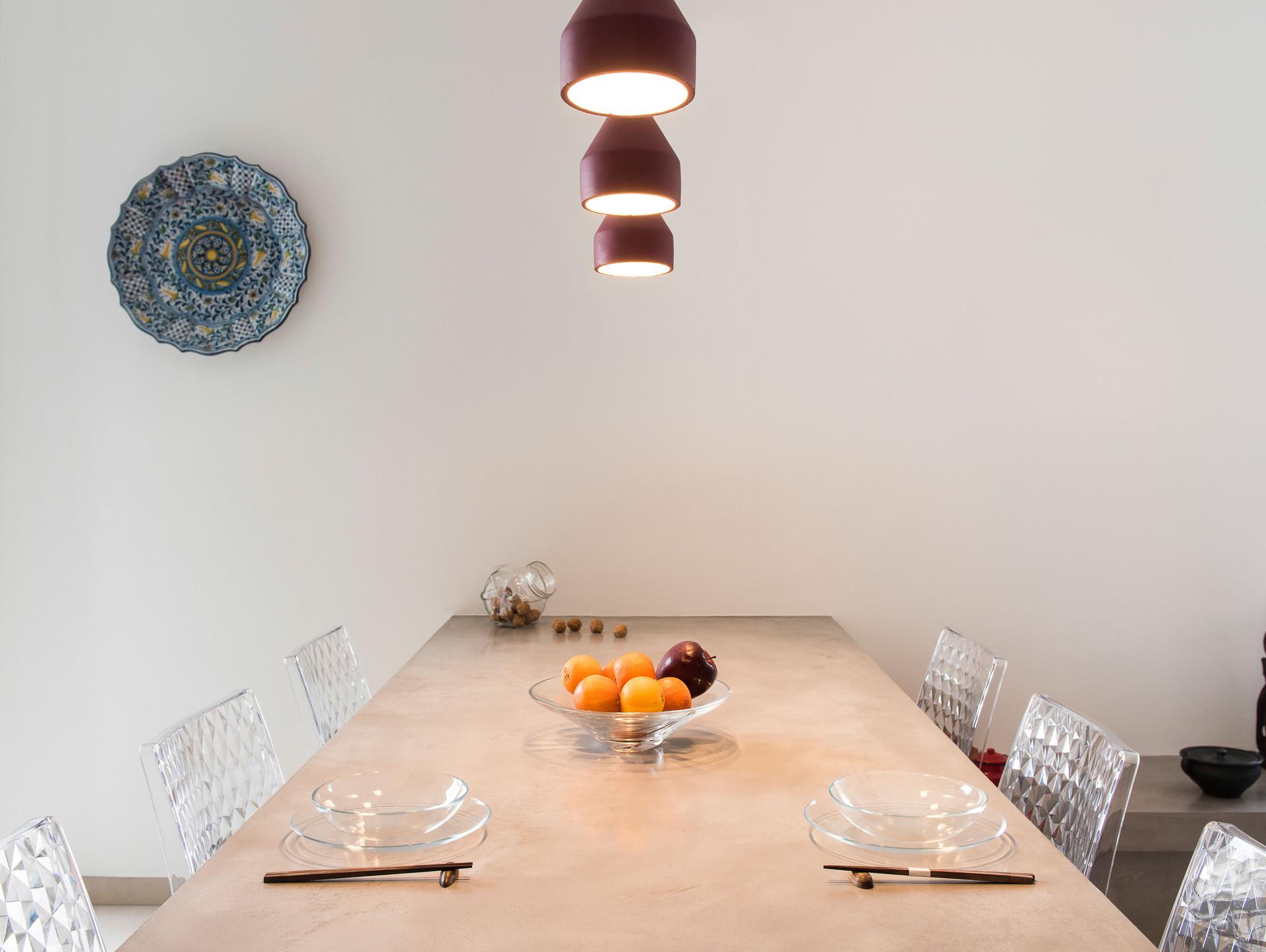 Tavolo da pranzo I Dining table