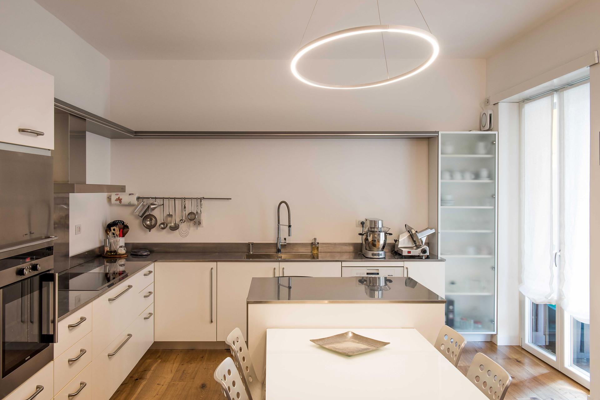 cucina - zona pranzo I kitchen - dining room