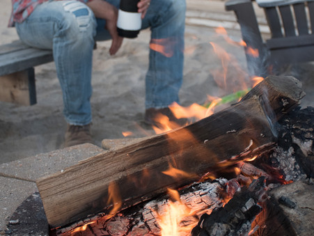 How To Build The Perfect Beach Bonfire