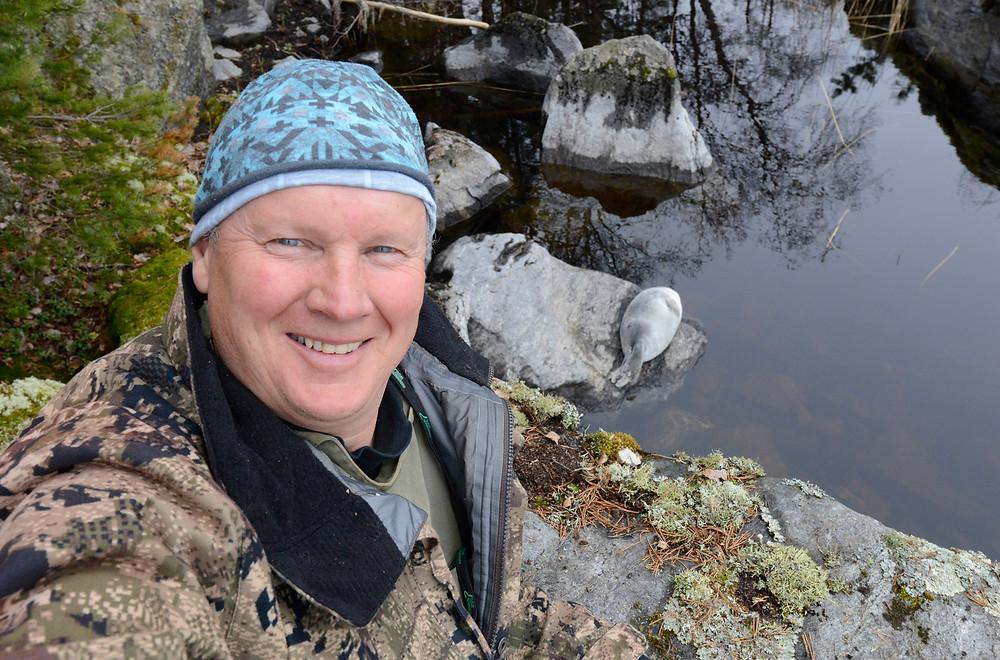 Norppa-asiantuntija, dokumentaristi Juha Taskinen kertoo Norpparisteilyllä saimaannorpan elintavoista ja suojelusta.