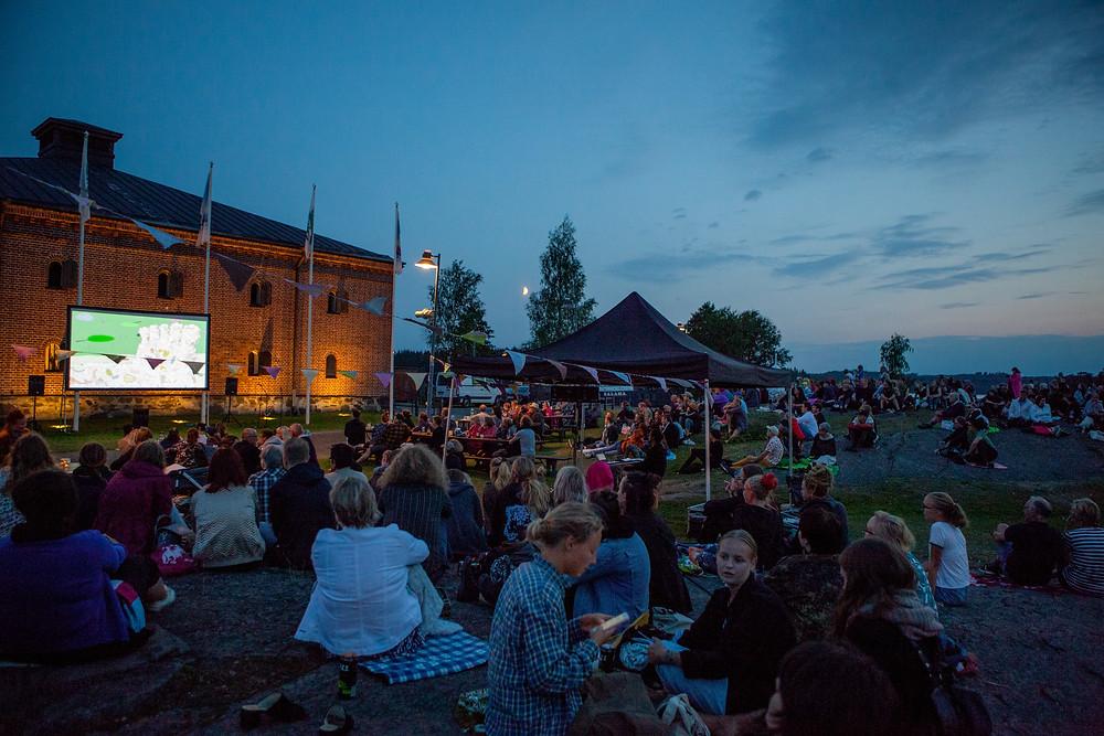Cinema picnic at Riihisaari