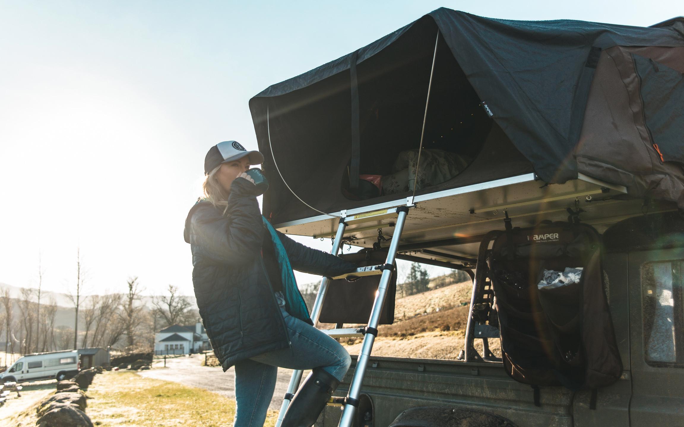 Defender 130 Keswick Green overlanding roof top tent