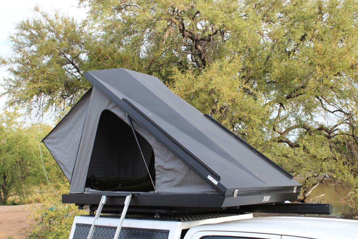 Eezi-Awn-Blade-Tent-09-feature-1200x800.