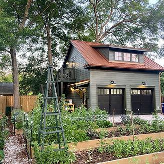 The Heirloom Yard - specialty cut flower farm in Fernandina Beach FL