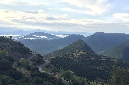 פולופונס, הרים, כביש מפותל