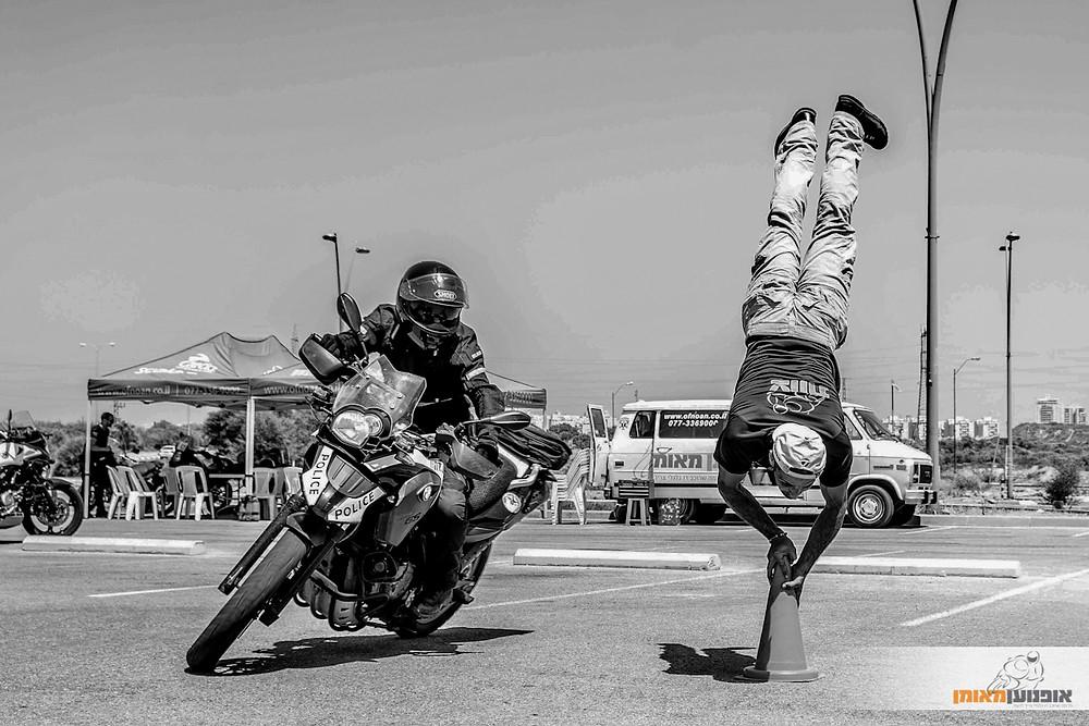 אימון רכיבה, משטרה, אופנוען מאומן