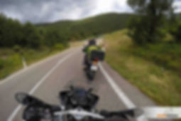 קבוצת אופנועים בטיול רכיבה, אופנוען מאומן