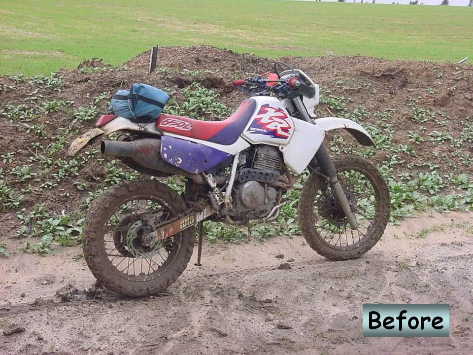 אופנוע שטח הונדה XR650L בשדה