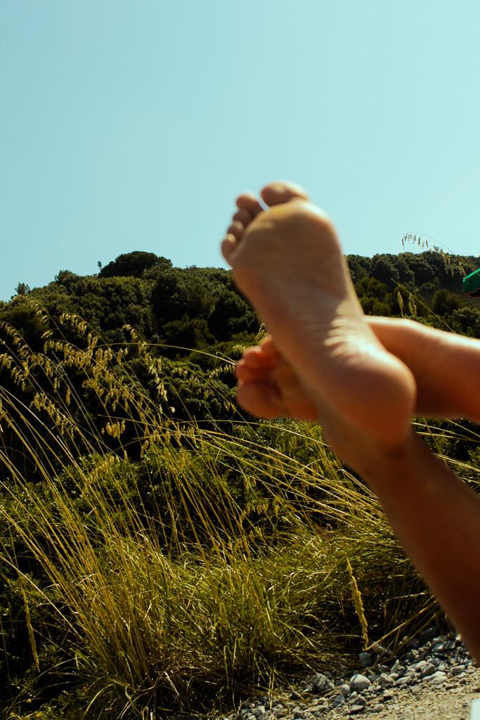 Photographer Laura Munari's shoot showing feet in the nature
