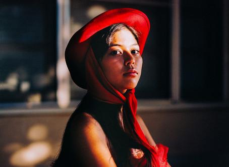 UNIQUE ONE RIDING THE METRO: INDIA REED