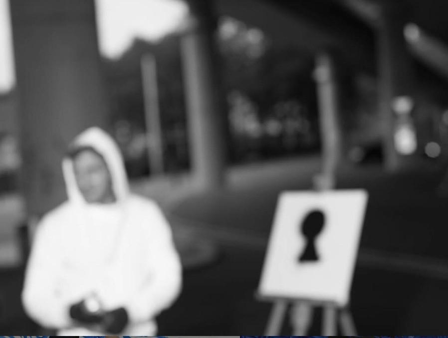 Artist Vierwind wearing a hoodie in Bern