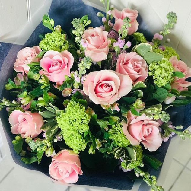 Yummy pink roses and summery greens