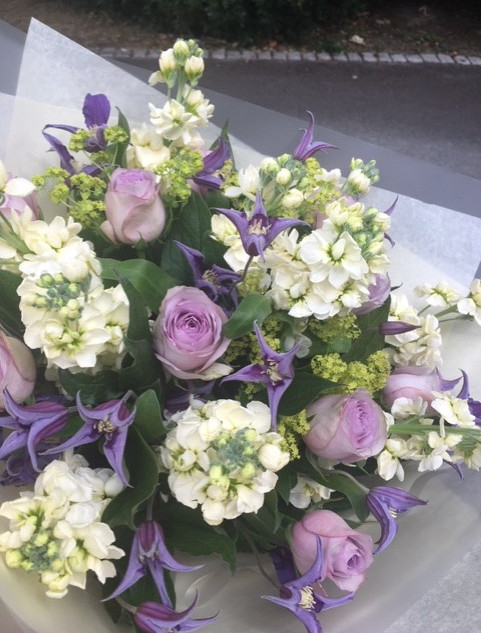 Lovely Lilac roses... a beautiful bespok