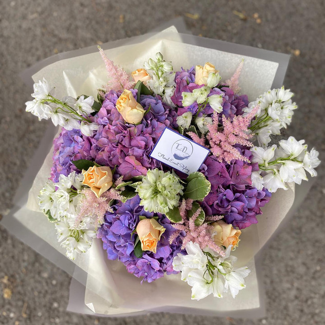 Stunning lilacs, peaches and whites
