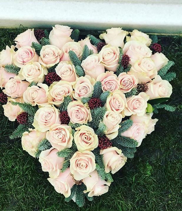 all rose heart