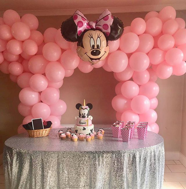 Minnie Mouse full arch