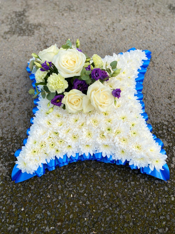 funeral tribute blue and white for a man chobham surrey, woking, berkshire.JPG