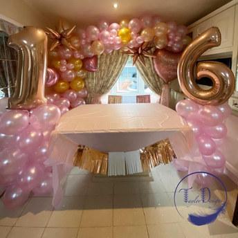 sweet 16 set up
