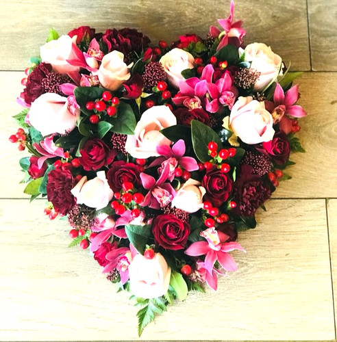heart tribute flowers, rose and orchid h