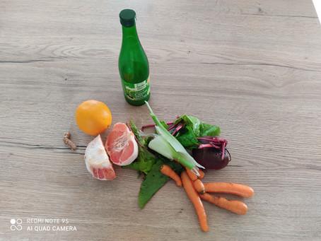 Jus de légumes rouge