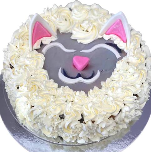 white cake themed cake