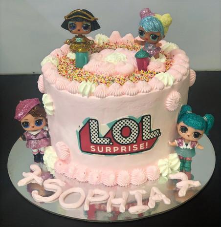 4me gluten free LOL themed birthday cake