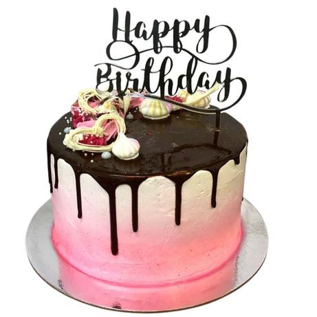 chocolat drip themed cake