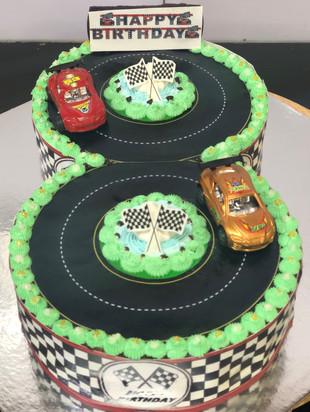 4 me gluten free 8 cake