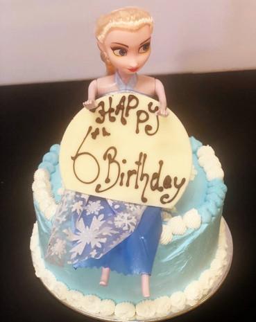 Elsa themed cake [Frozen]