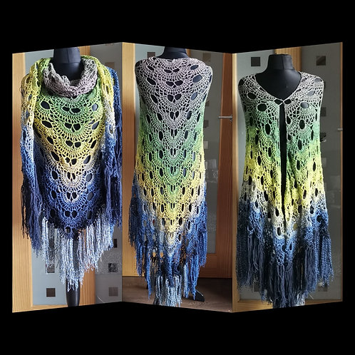 Tan to navy gradient granny shawl