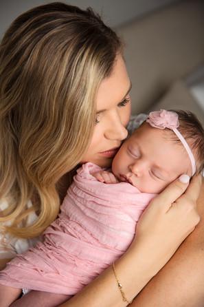 lifestyle newborn photography temple tx-