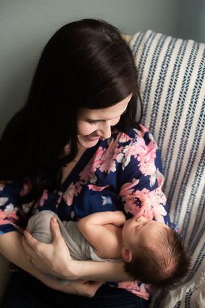 lifestyle newborn photos temple tx-5674.