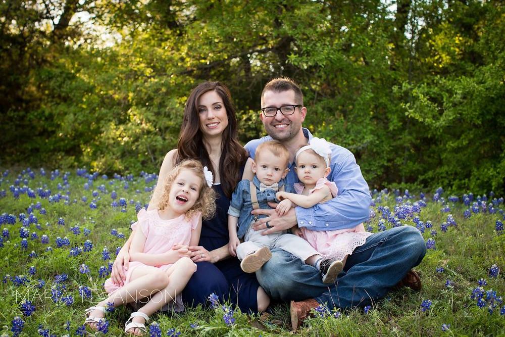 family bluebonnet mini session
