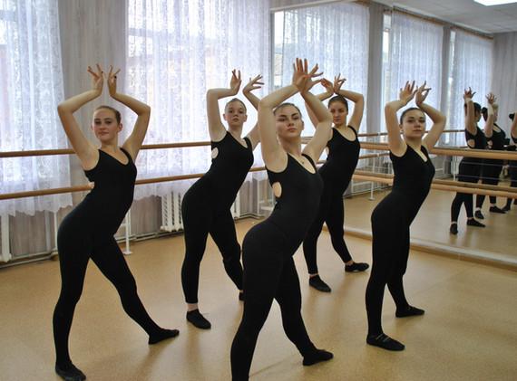 заняття 2017 хореографи3.JPG