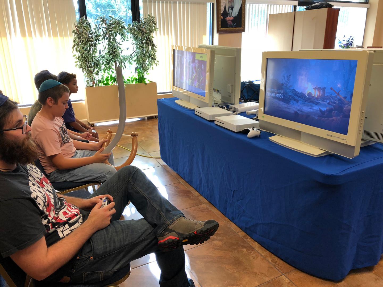 Video Game Truck Rent Miami 305-741-5028