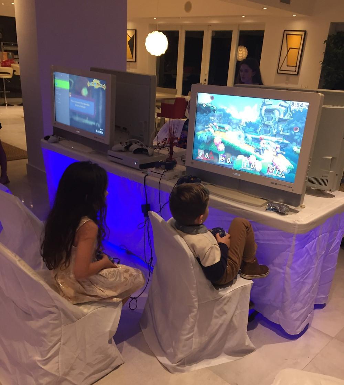 Miami Mobile Video Game Rental
