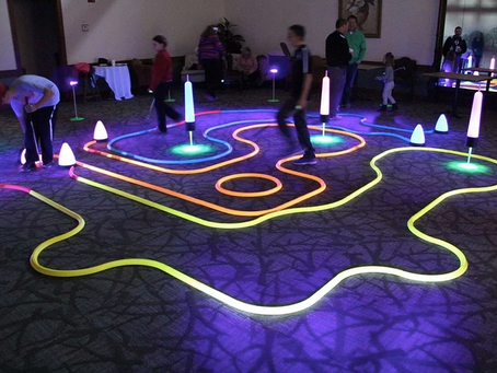 INDOOR LED MINI GOLF 305-741-5028