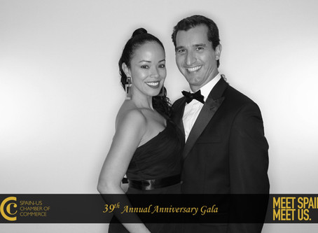 Glam Photo Booth Black and White