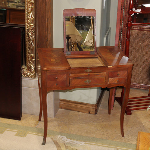 Beautiful Late 1800's Dressing Table