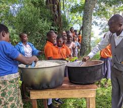 2021_School_Lunch_Program_Cooking